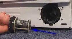 wasmachine pomp filter schoonmaken
